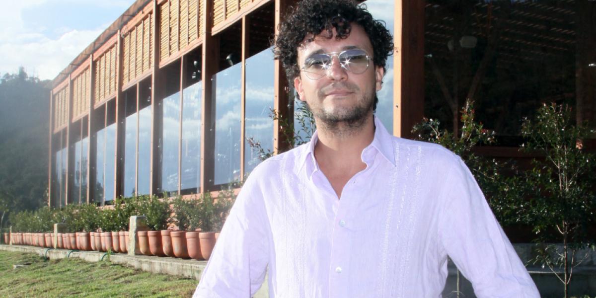 Música, giras y libros: la vida de Andrés Cepeda en tres palabras