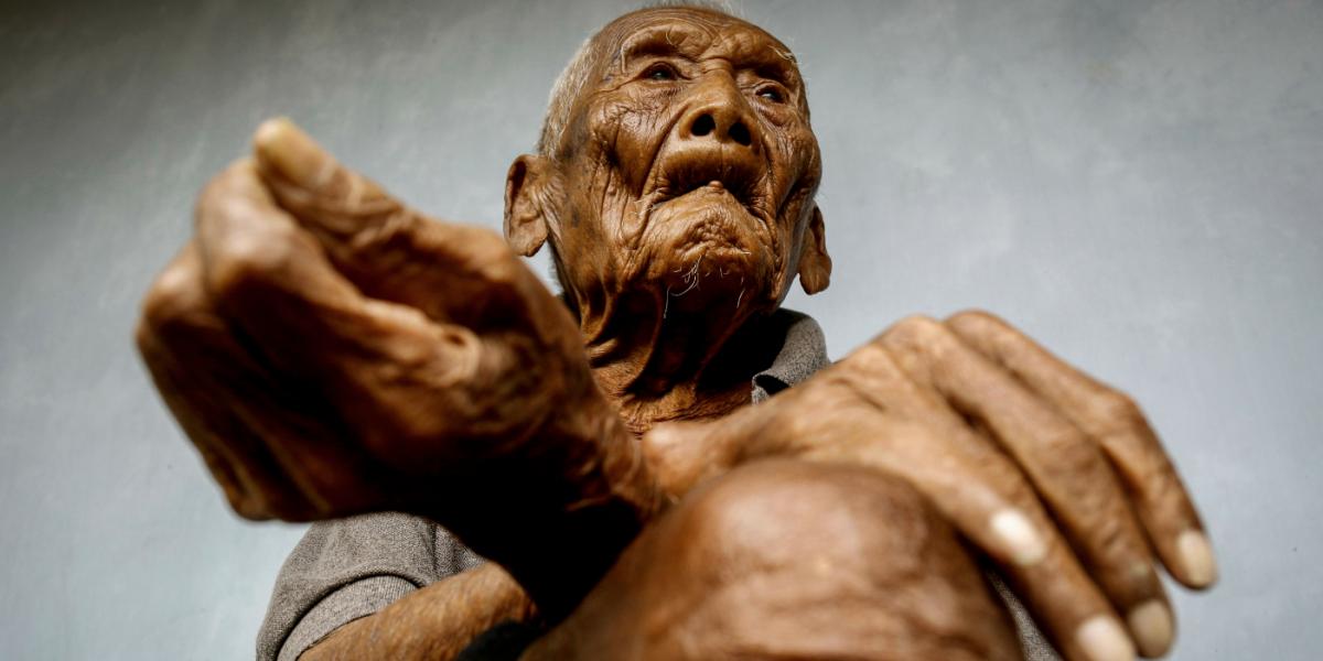 Muere el hombre más viejo de la Tierra a la edad de 146 años