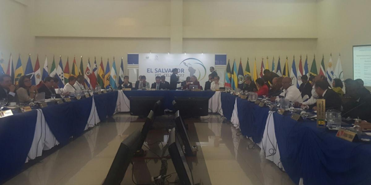 Reunión de la Celac sin acuerdos sobre Venezuela por ausencia de 7 países