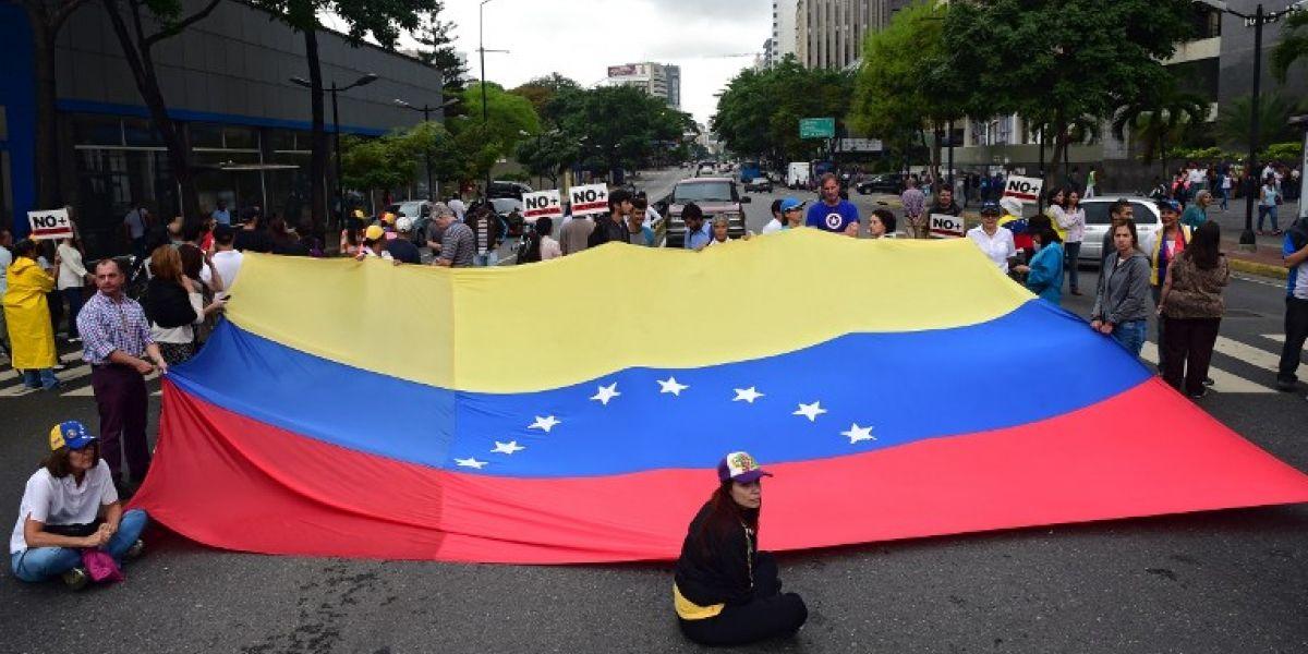 Disturbios en Venezuela en contra de llamado a Constituyente