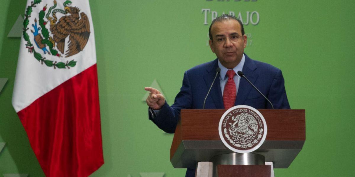Aumento al salario mínimo no es urgente: Navarrete Prida