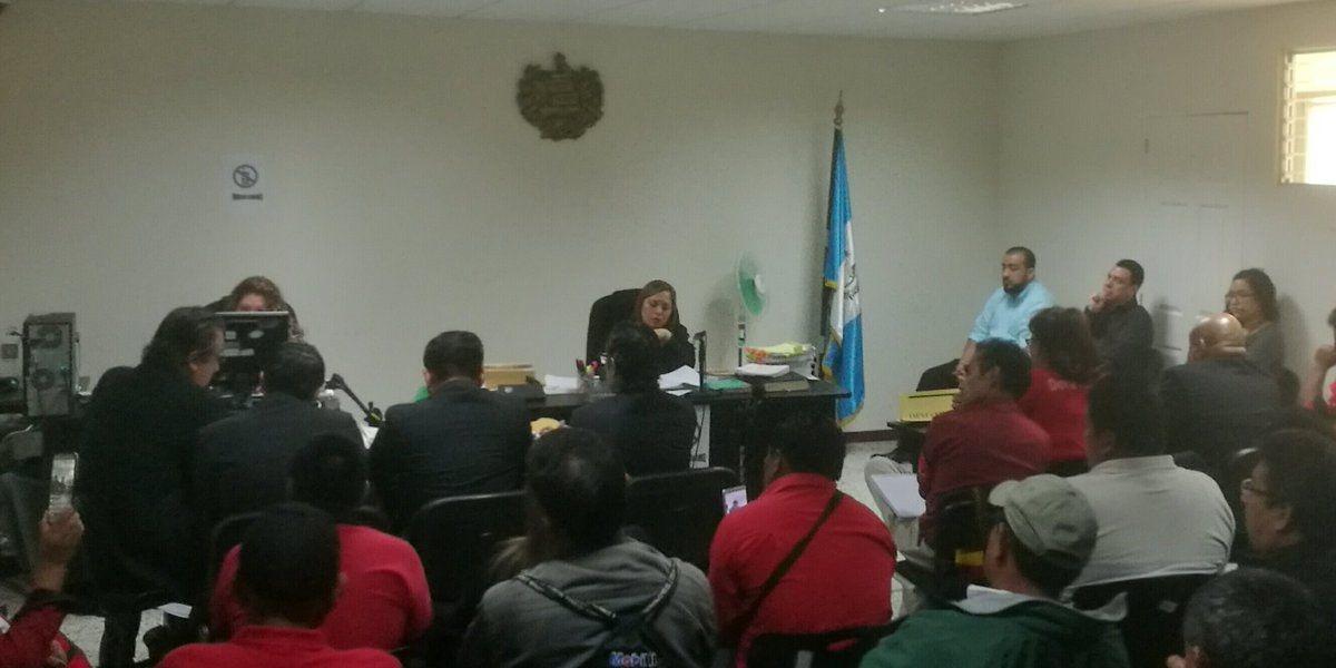 Pacto colectivo de Salud se firmó sin dictamen favorable, según exministro Villavicencio