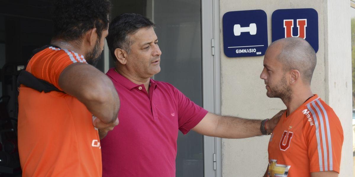 Ronald Fuentes rechaza oferta para dirigir en China y ya prepara refuerzos de la U