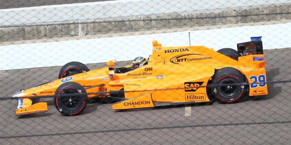 Fernando Alonso ya probó en Indianápolis y está listo para correr las 500 millas