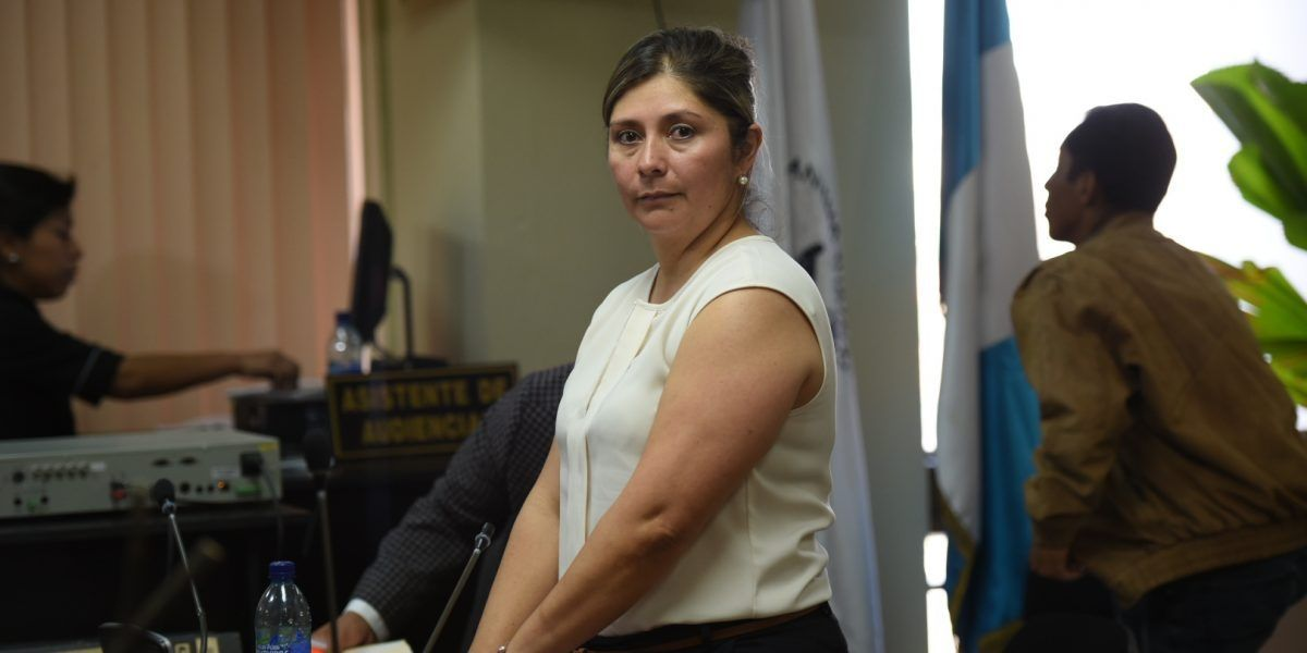 La mamá de la exnovia del hijo del presidente ya tiene acusación