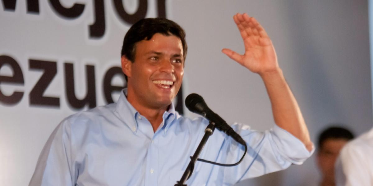 Leopoldo López, de nuevo en casa: oposición lo celebra; oficialismo lo justifica