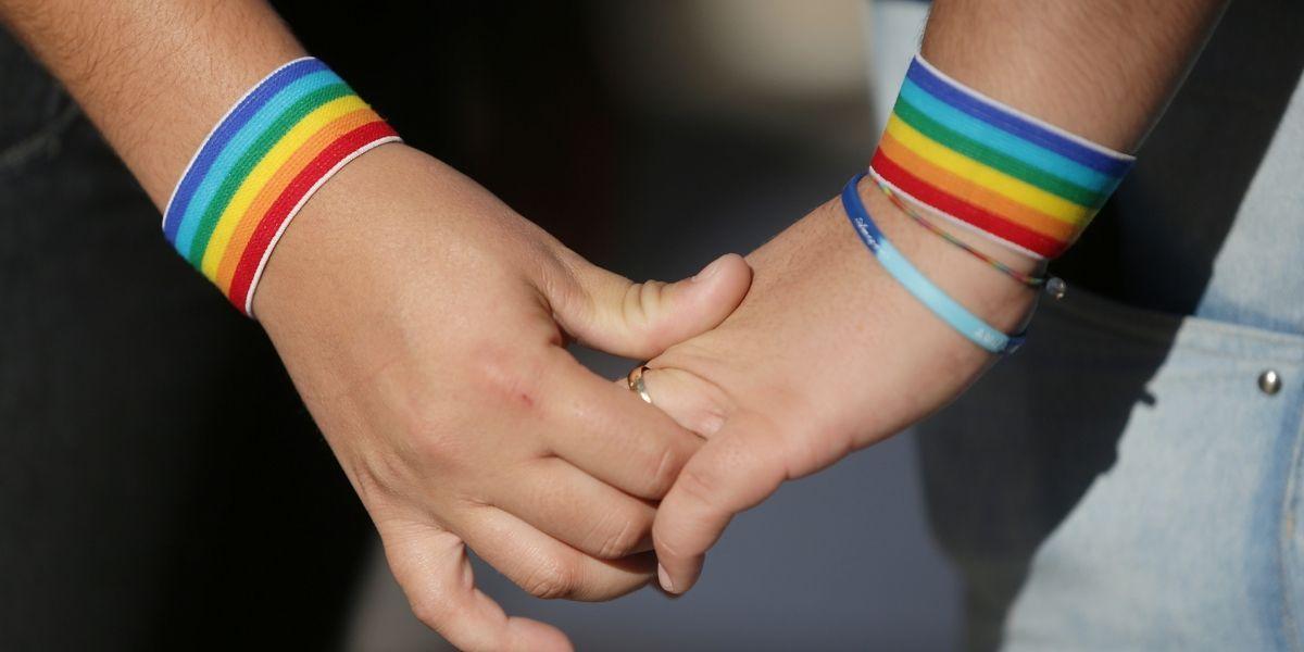 Autorização para psicólogos aplicarem terapia de reorientação sexual é mantida