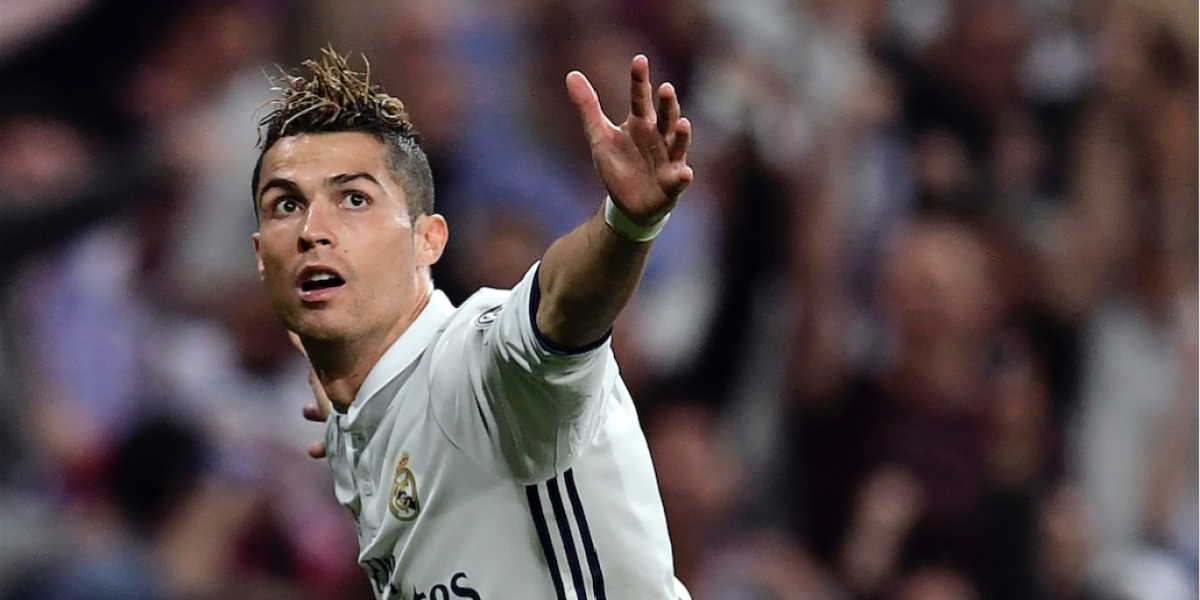 Cristiano Ronaldo recibe un regalo especial por sus 400 goles