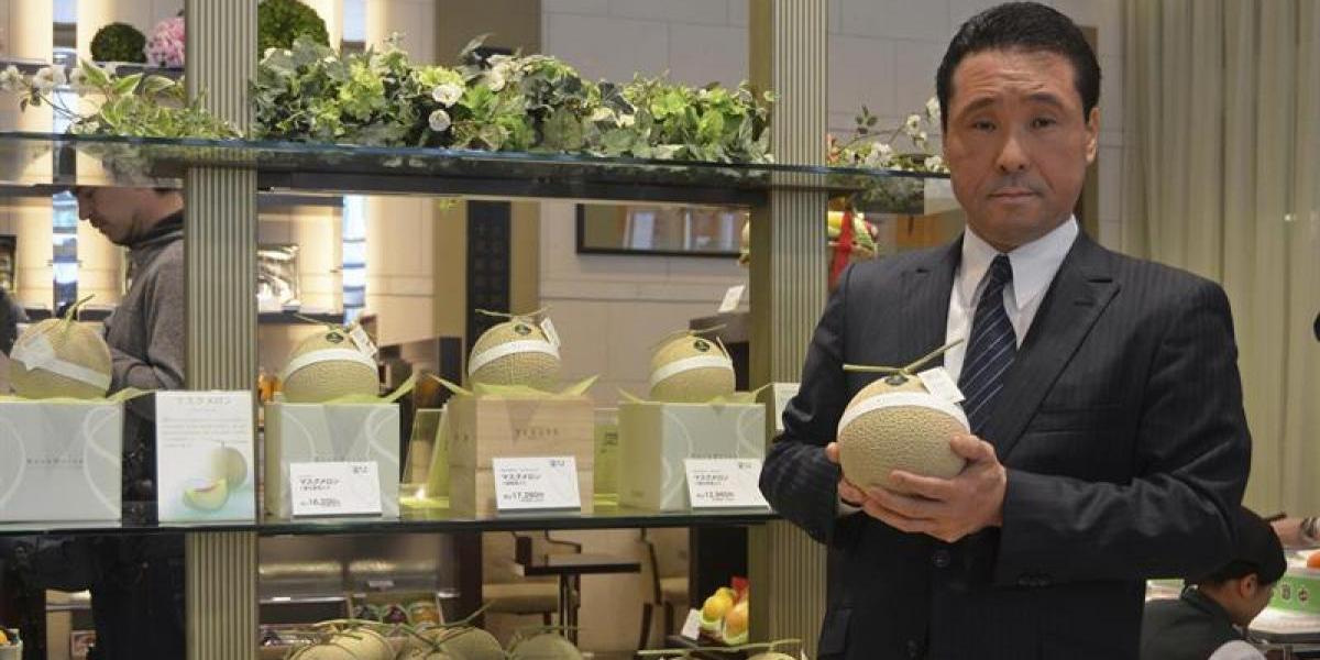 """Los exorbitantes precios de la """"fruta de lujo"""" en Japón"""