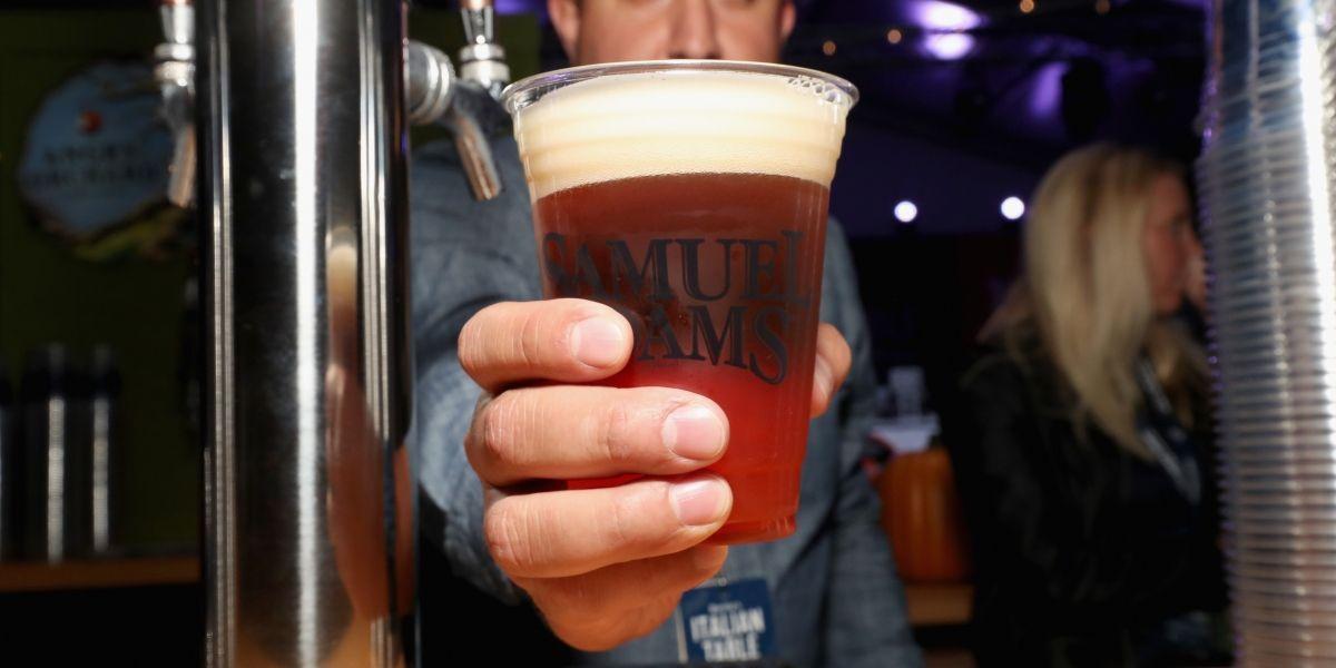 Estudio confirma las propiedades analgésicas de la cerveza con el dolor de cabeza