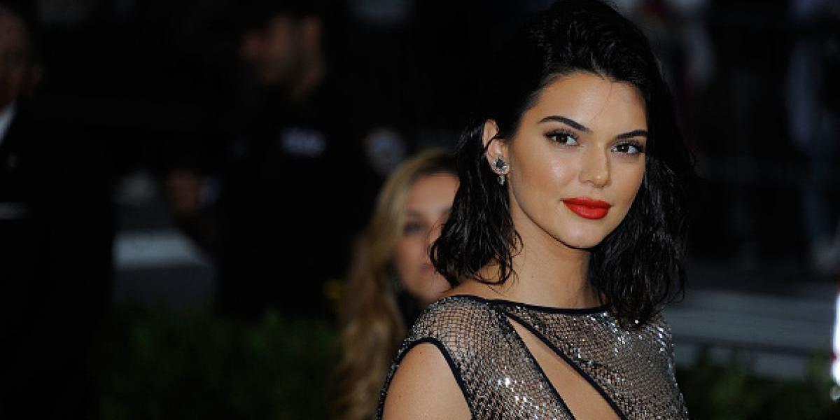 El transparente vestido y la tanga con la que Kendall Jenner atrajo las miradas en MET Gala