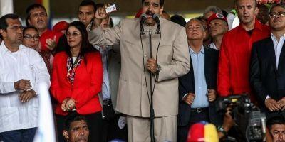 Maduro entregó al CNE convocatoria a Asamblea Nacional Constituyente