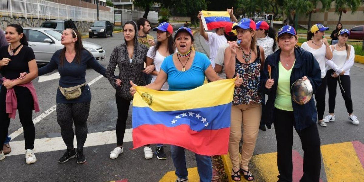 Oposición venezolana sale de nuevo a las calles contra Constituyente de Maduro