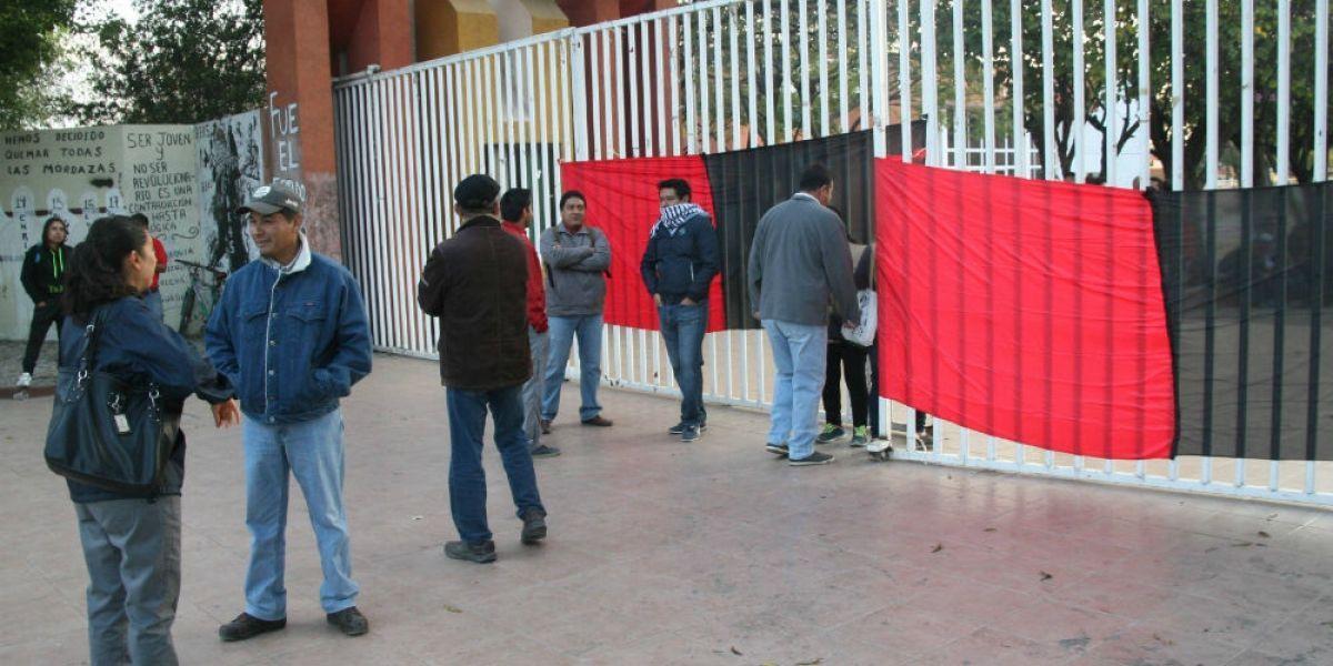 Paran labores mil 934 escuelas en Oaxaca