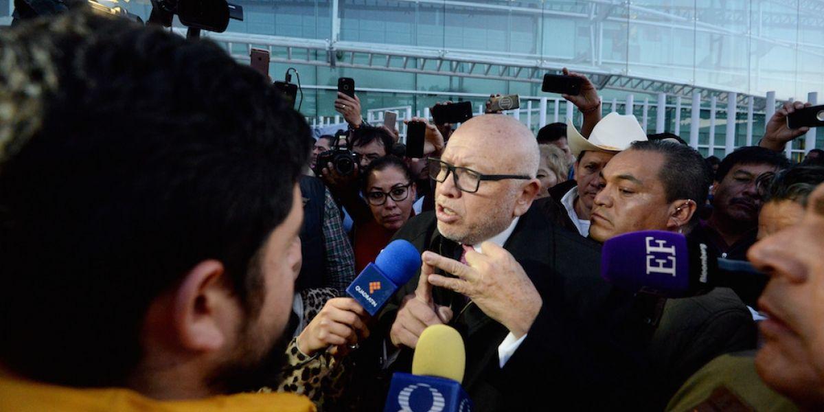 Retiro de candidatura a Isidro Pastor costará 25 mdp a mexiquenses