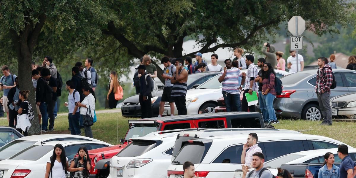 Presunto asesinato y suicidio en Universidad de Texas