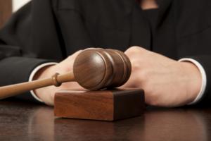 Jueces de la Isla demandan a la Junta de Control Fiscal