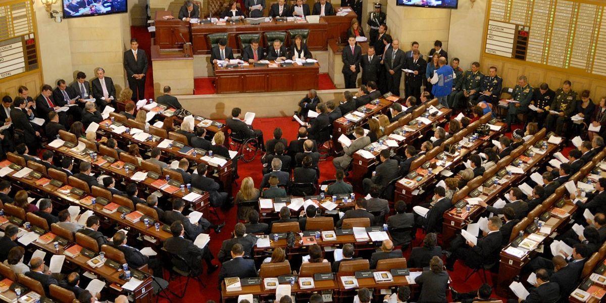 Algunos congresistas no han autorizado el descuento de su salario para donar a Mocoa
