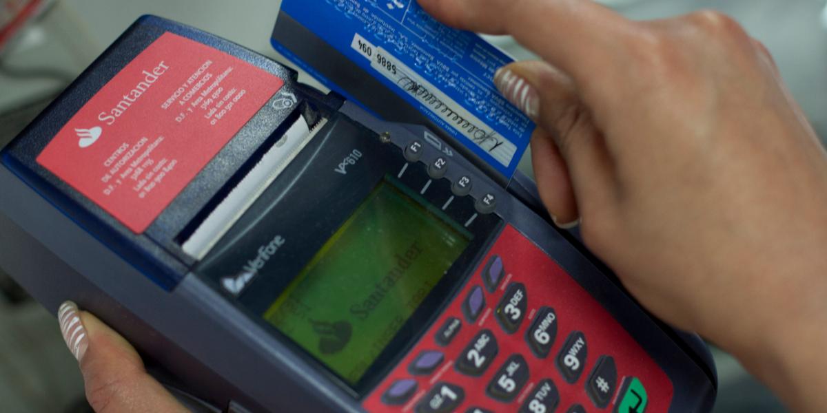 Número de tarjetas de crédito se dispara 12.4%: Condusef