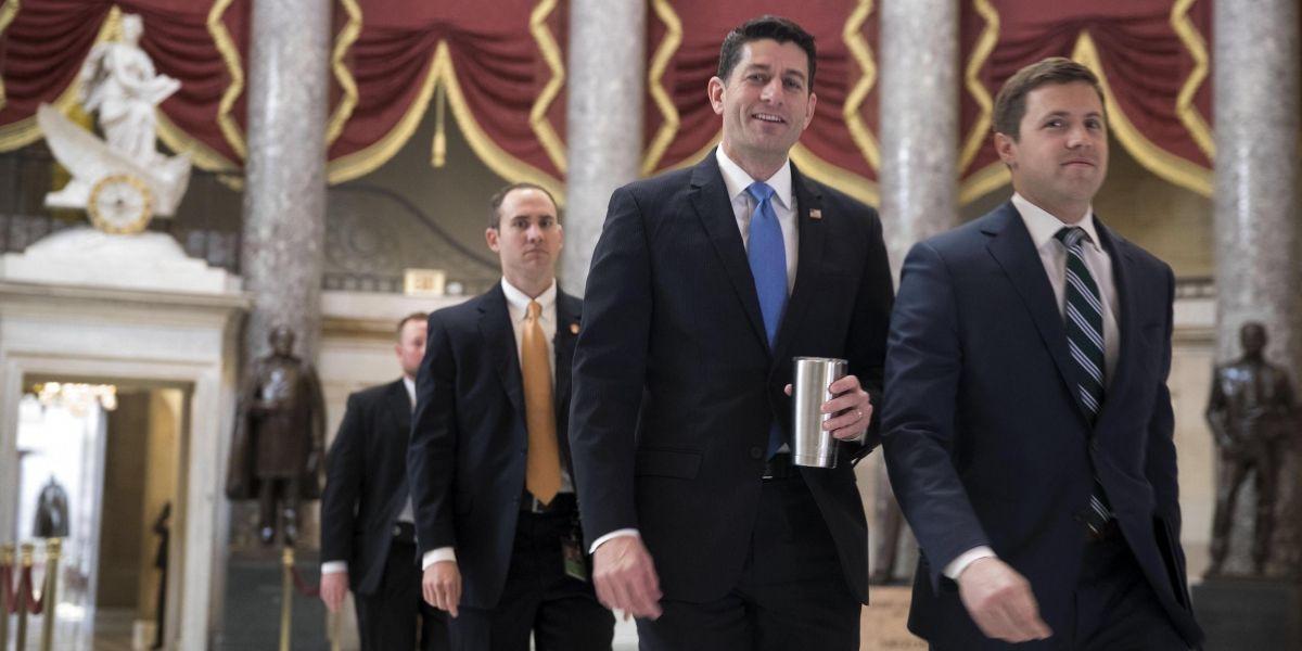 Los republicanos de la Cámara Baja aprueban la nueva ley de salud de Trump