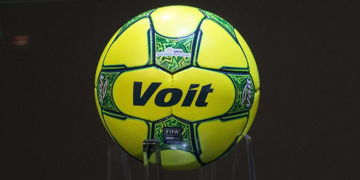 Liga MX presenta el balón de la Liguilla y la campaña 'Limpiemos México'