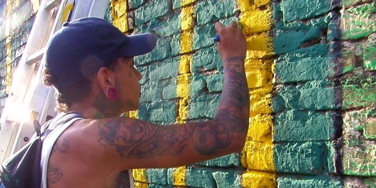 Barristas del América y del Deportivo Cali se unen para hacer arte