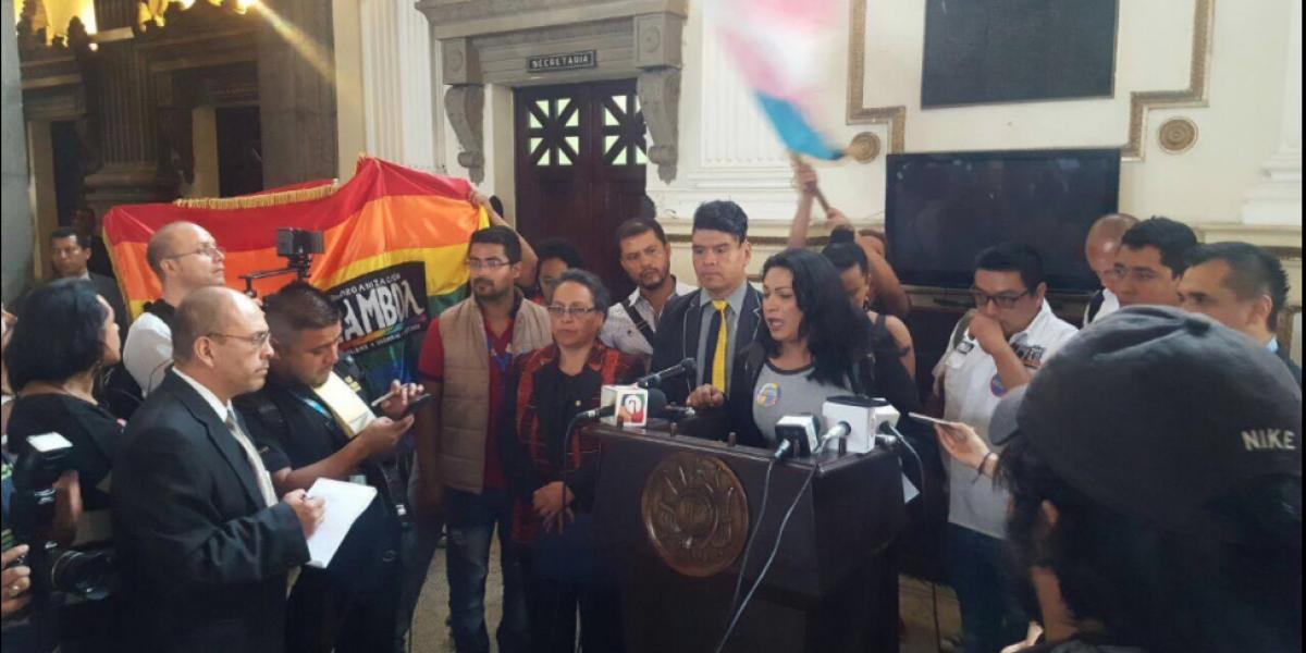 Iniciativa pretende castigar discriminación sexual, racial y religiosa