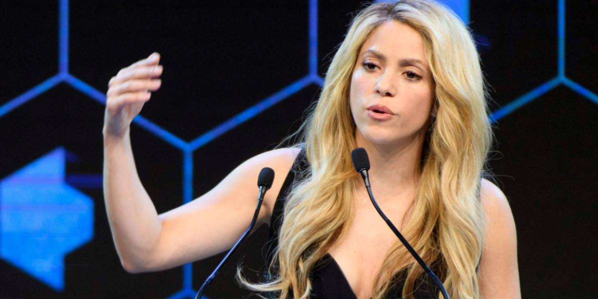 ¿Shakira tiene cirugías estéticas secretas?