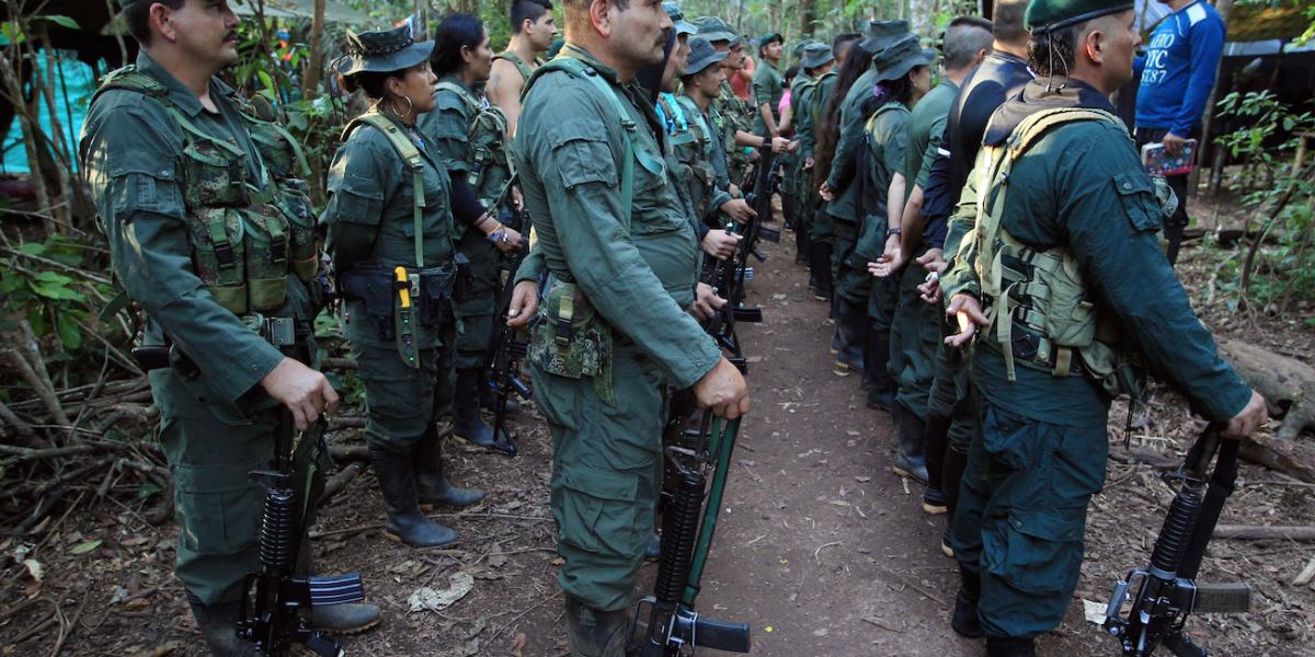"""Crece polémica por personas que han quedado libres """"cobijados"""" por la JEP"""