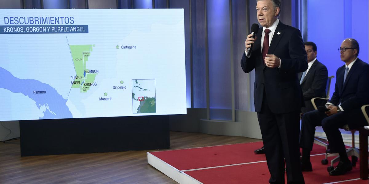 Santos dice que la economía colombiana ya superó las dificultades