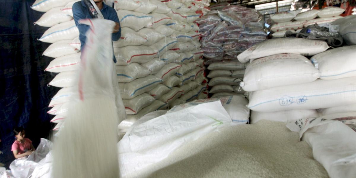 La verdad sobre los videos virales del arroz plástico en Colombia