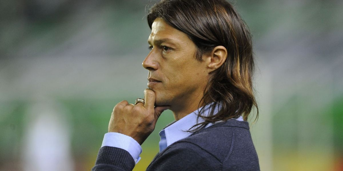 VIDEO: Matías Almeyda presume rap en su honor