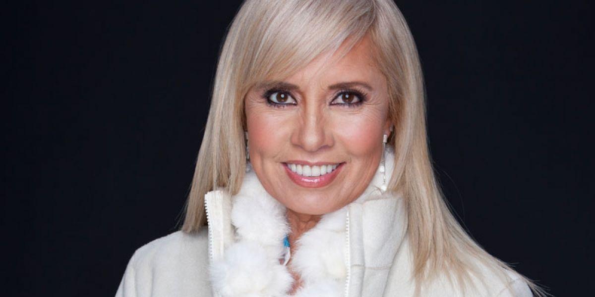 Carla Estrada continúa fiel a Televisa pese a cancelación de bioserie de Silvia Pinal