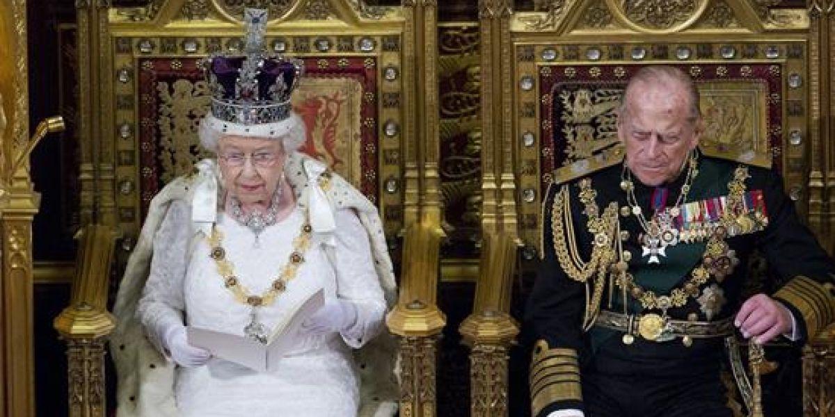 Golpe en la monarquía inglesa: marido de la reina Isabel abandona la actividad pública