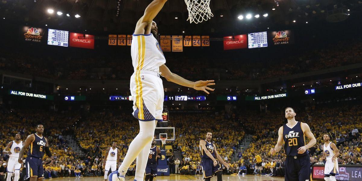 Warriors siguen imparables, mientras los Wizards logran su primer triunfo