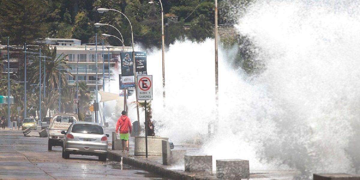 Armada alerta por marejadas en las costas del país: se esperan olas de hasta 4 metros