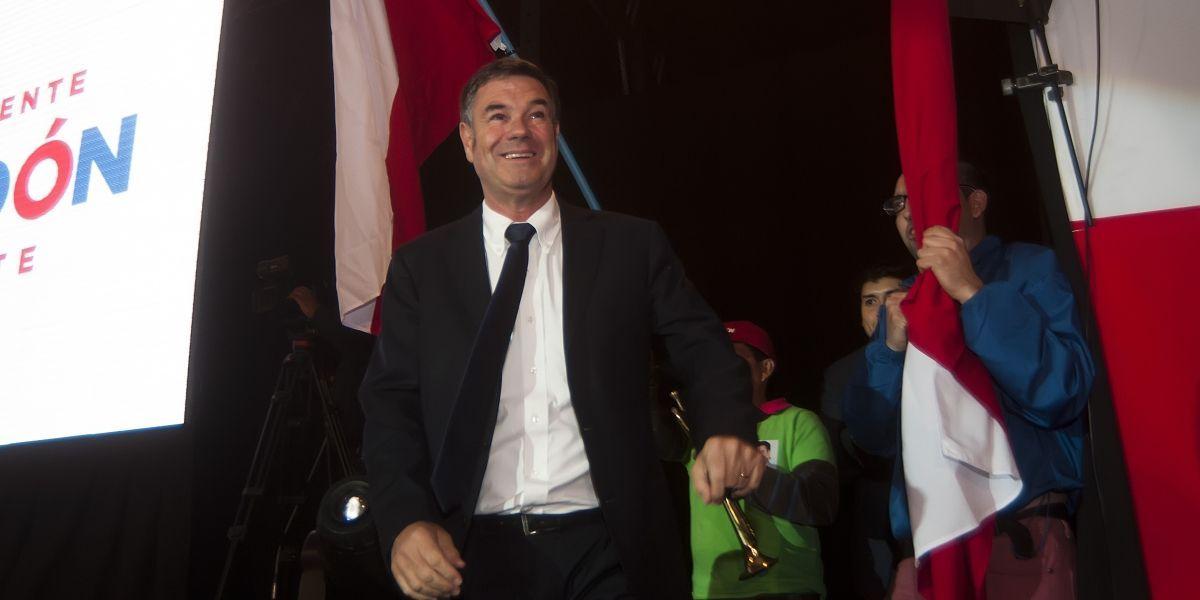 Ossandón lanzó su campaña y anunció que renunciará a su sueldo de senador