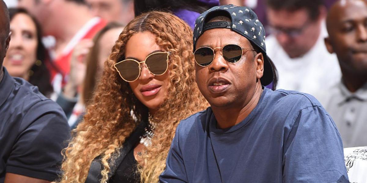 Acusan a Beyoncé de inyectarse los labios para aumentarlos en pleno embarazo