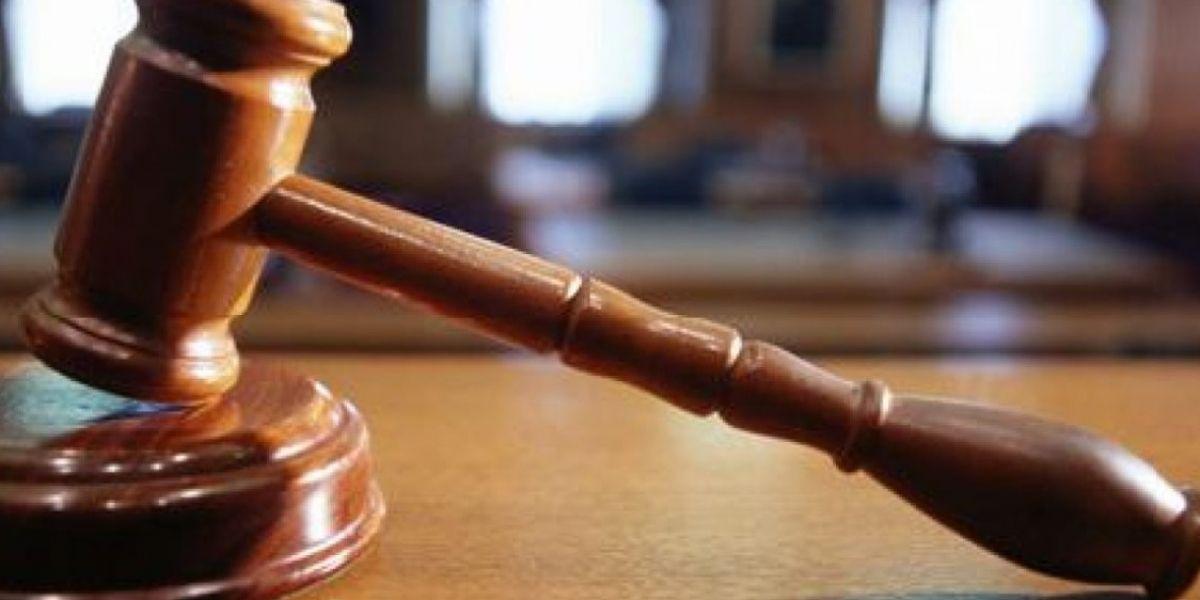 Acusan a tres personas de fraude bancario y robo de identidad agravado