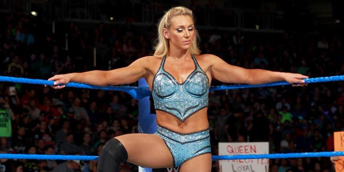 Hackean cuenta de campeona de la WWE y revelan fotos íntimas
