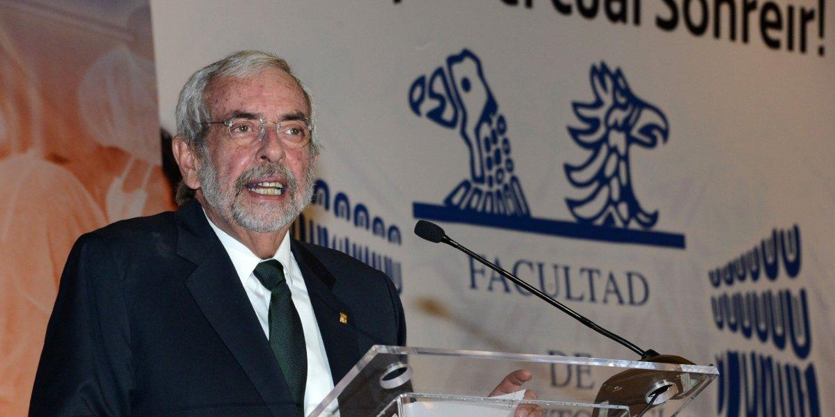 Rector de la UNAM regresa 22,350 pesos de su quincena