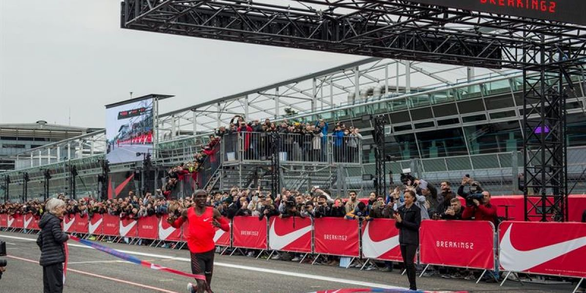 Campeón olímpico de maratón queda a un paso de bajar la barrera de las dos horas