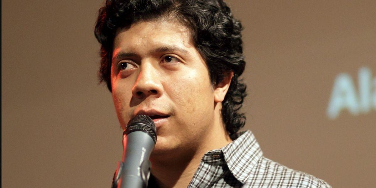 Poeta guatemalteco entre los mejores escritores de América Latina