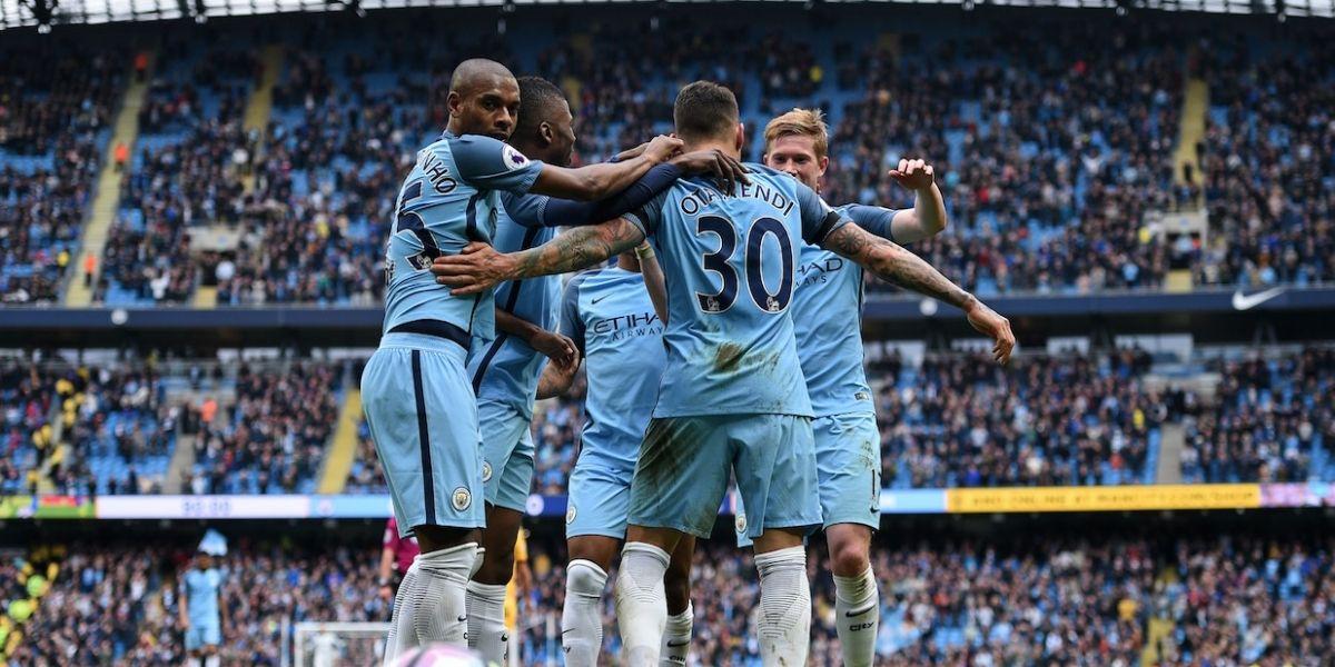 Sin Claudio Bravo, el Manchester City golea en la Premier y se acerca a Champions League