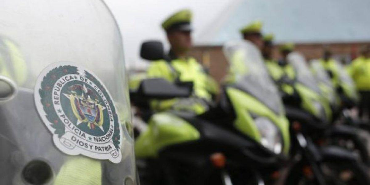 "MinDefensa denuncia  ""plan pistola"" de bandas criminales contra policías"