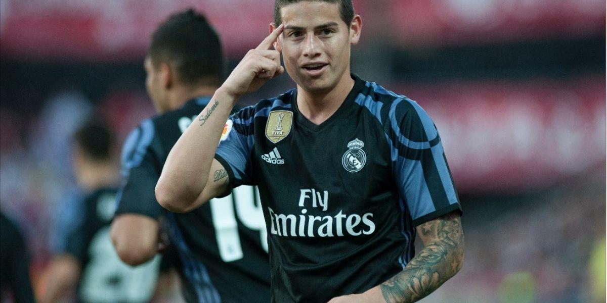 El Real Madrid golea y sigue a la caza del Barcelona
