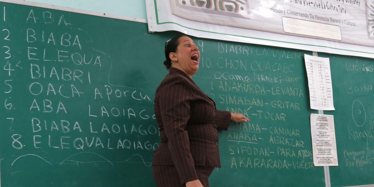 Crisis económica en Puerto Rico cierra 179 escuelas