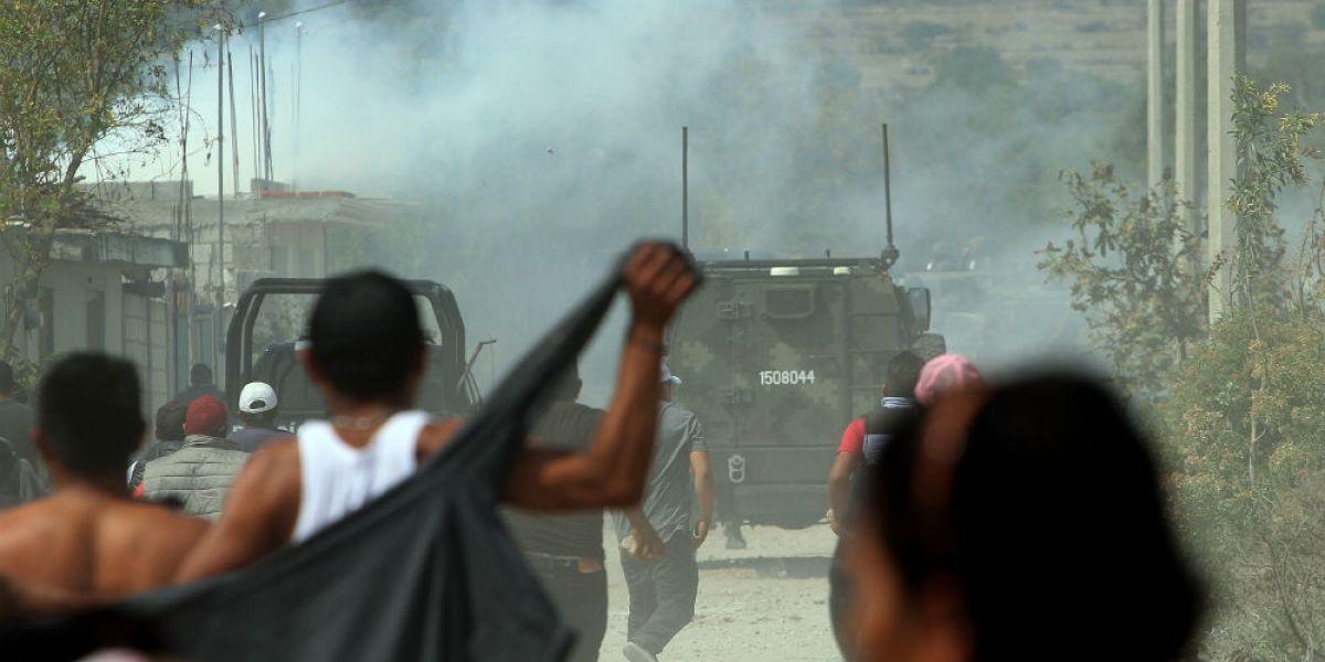 """Tiroteo entre policías y presuntos """"huachicoleros"""" deja un muerto en Veracruz"""