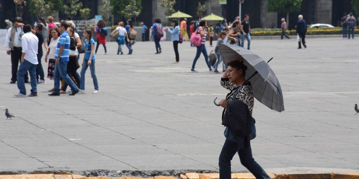 Sábado de lluvias con intervalos de chubascos durante la tarde en el Valle de México