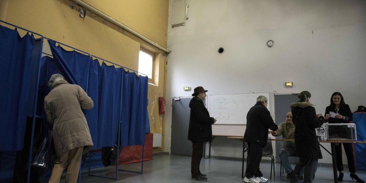 Cae participación ciudadana en segunda vuelta de elecciones en Francia